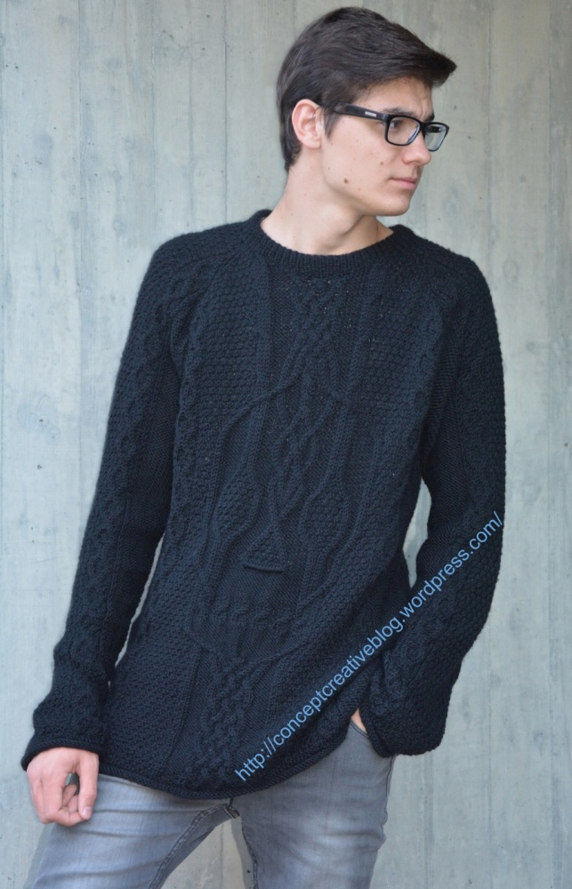 Knit cable pullover with skull pattern / free diagram (1/6)