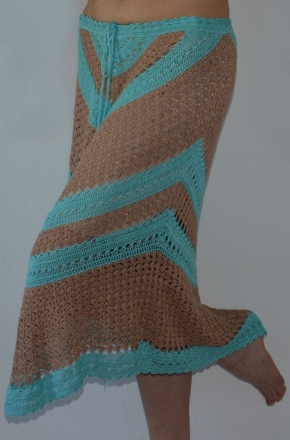 Geometry In Crochet Triangle And Diagonal Skirt Pattern