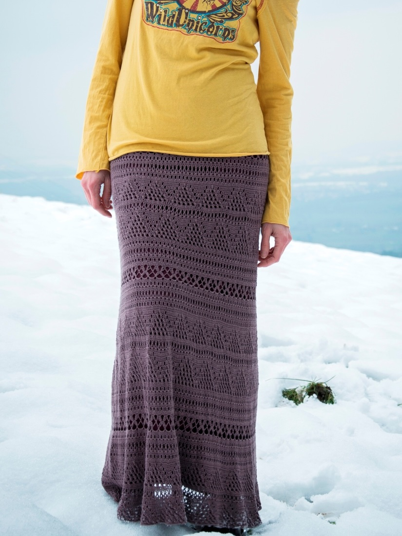 Maxi skirt in pale aubergine colour – PATTERN