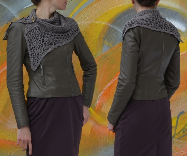 Shoulder wrap Fuji - fasten it at the neck with your favorite pin, or brooch.